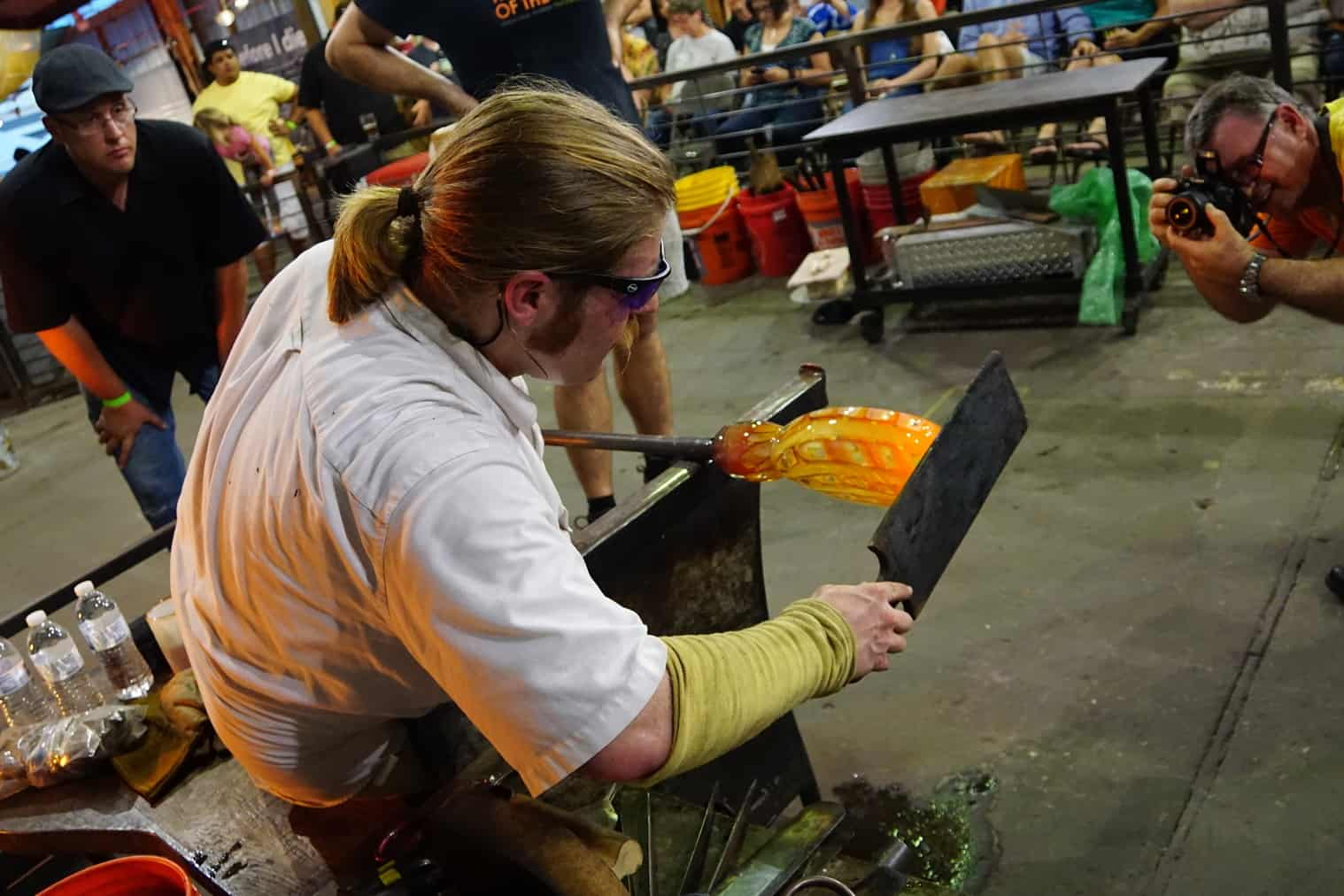Mobile Glassblowing workshops and performances for events of all types and sizes